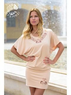 Zengő ruha Szervető-pávás hímzéssel - bézs