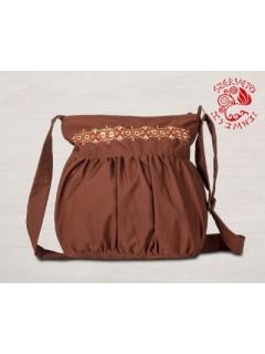 Szervető-jászsági szemes, hímzett buggyos táska - barna