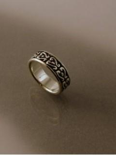 Istenfaleveles gyűrű