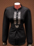 Hímzett női ing turáni ornamentikával díszítve - fekete